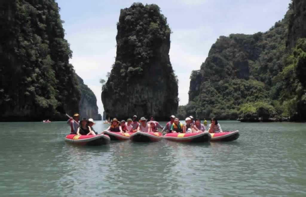Sea Canoe Phang Nga - Happy Guests