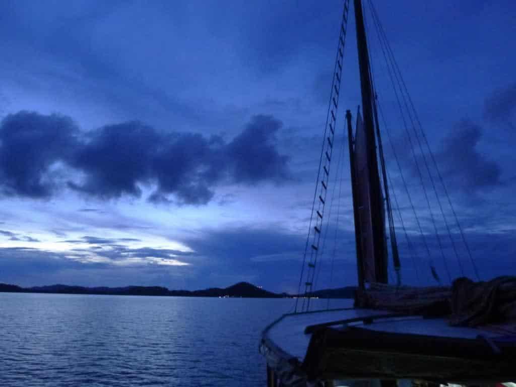 Khao lak Sunset Cruise on June Bahtra