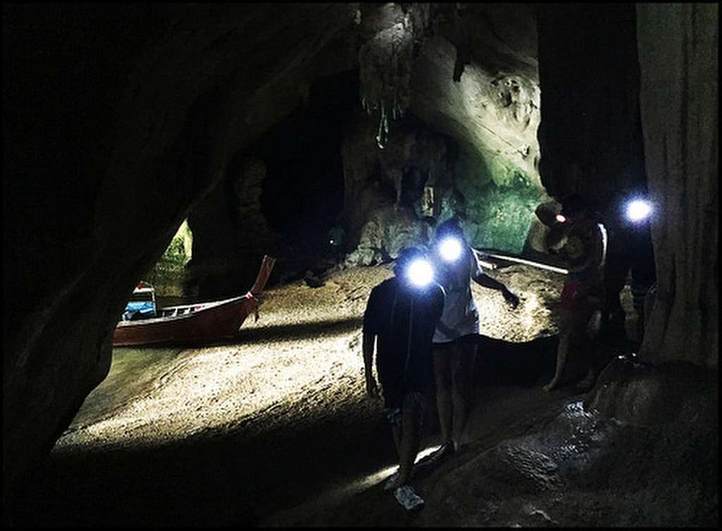 Phang Nga Bay Caves & Sea Canoe - Tham Kaew Drive-In Cave